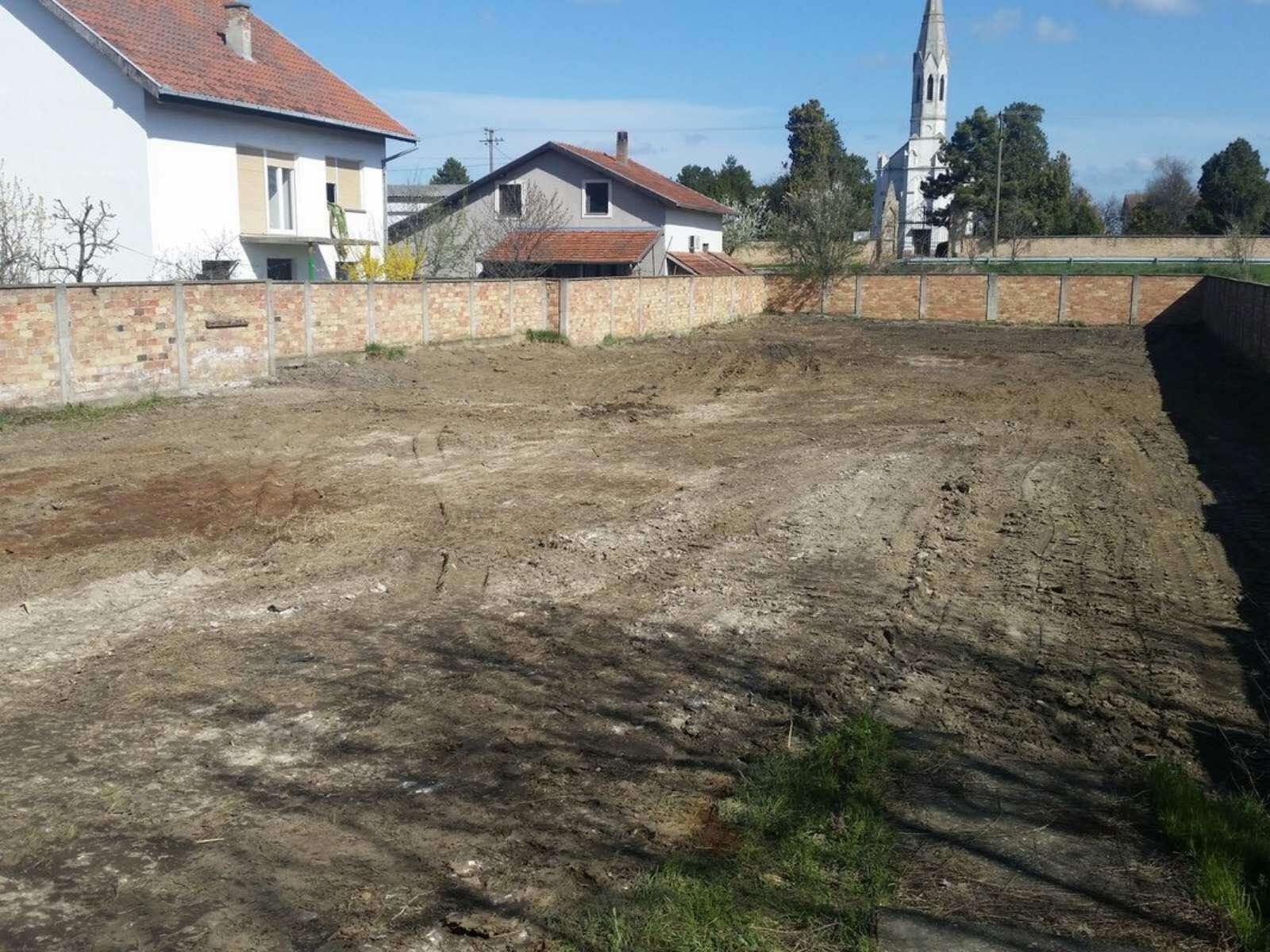 Građevinsko zemljište sa plaćenim komunalijama i projektom Gradnulica